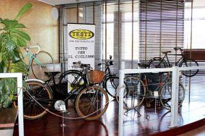 Esposizione Testi Cicli bici d'epoca all'Hotel La Meridiana di Perugia