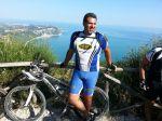 Maurizio Minelli con la maglia Testi cicli  al Conero