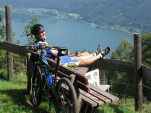 In Austria si pedala Testi cicli ????